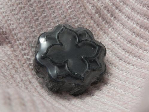 صابون الفحم النشط للبشرة الدهنية