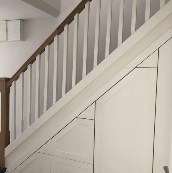 Elm Mount staircase and storage