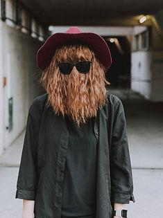 casquette-cheveu-cheveux-2902970_edited.