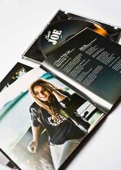 CHEERIO JOE ALBUM Layout und Design