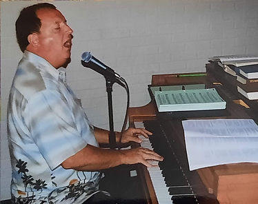 David leading from piano.jpg