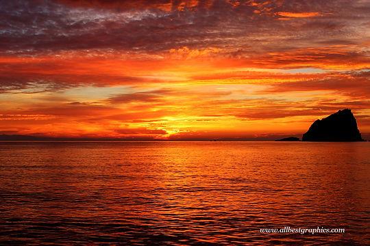 Glamorous dark sunset overlay with clouds | Photoshop overlays