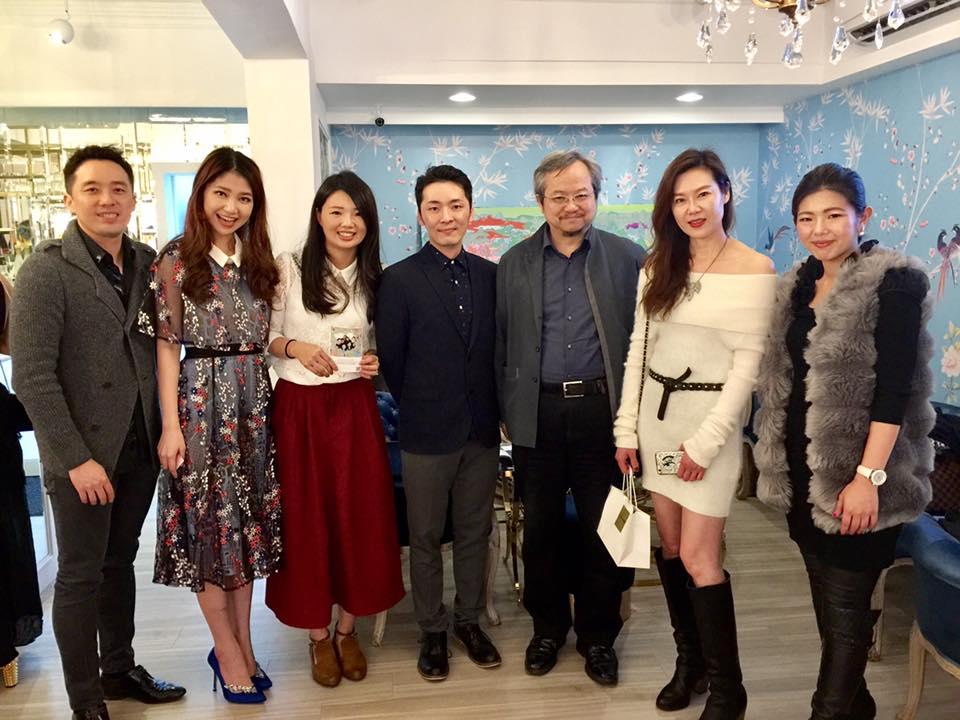 VA VA VOOM時尚餐飲 Leo王總裁(左起)、Shahan品牌總監