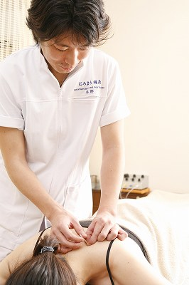 鍼治療(頚肩痛)