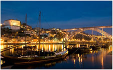 Porto_by_night2.jpg