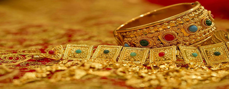 Gold jewlery.jpg