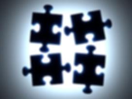 Черные Puzzle Pieces