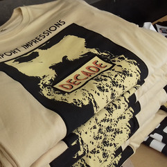 4 colour airport impressions T-shirts.