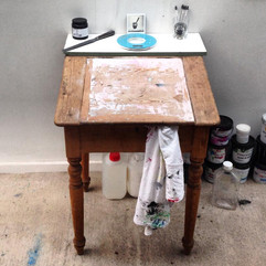 Ink mixing table