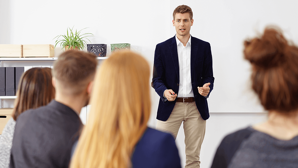 Tips for gaining the courage to speak in meetings