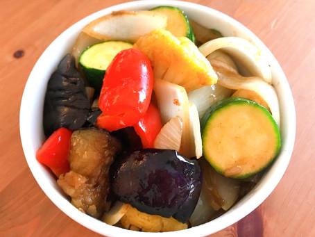 コラトゥーラ、オリーブオイル、塩コショウだけで仕上げるお野菜の付け合わせ