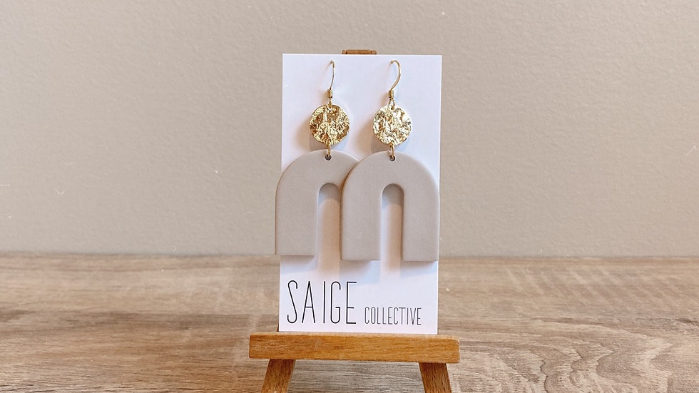 Archer - nude, gold plated accent
