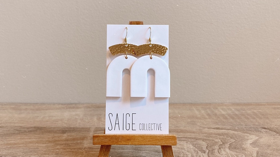 Archer - White, gold plated accent
