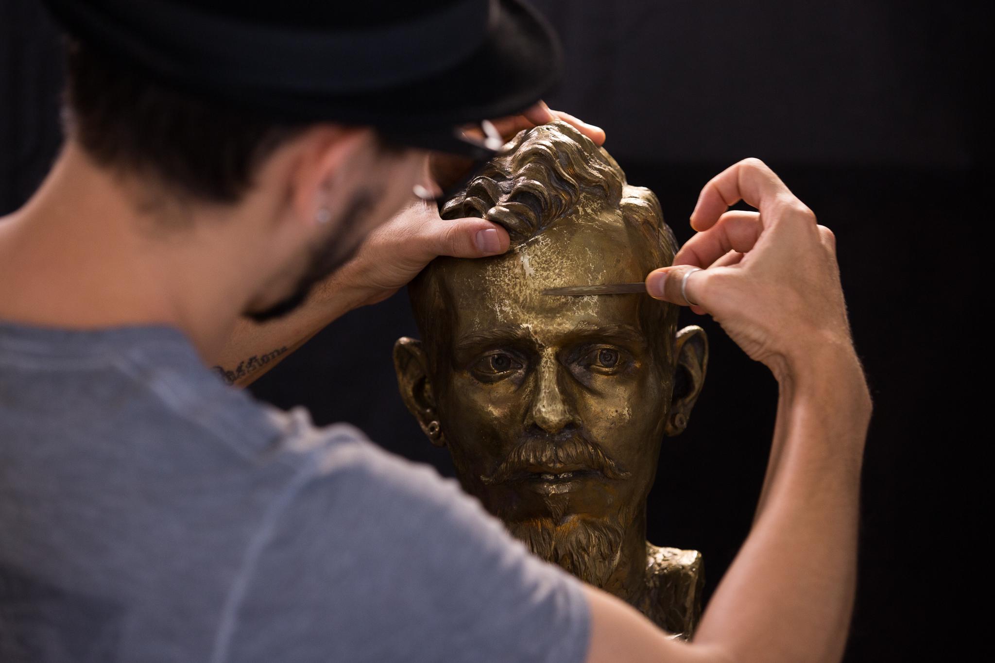 Bronze em acabamento