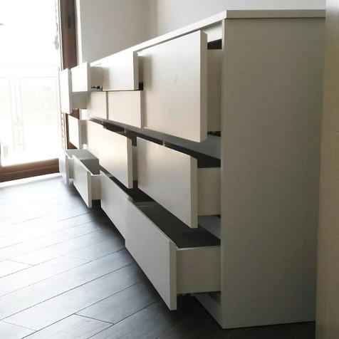cassettiera camera da letto (1).jpg