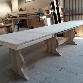 Tavolo allungabile in massello tavolo su