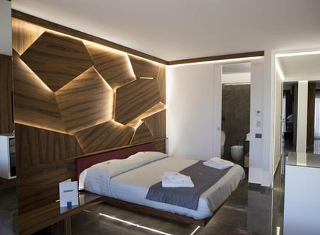 """Progetto Hotel e Bed & Breakfast: Upper Rooms """"Suite Rubino"""""""