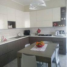 cucina moderna bianco grigio