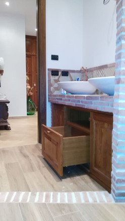Mobile bagno su misura muratura  (3).jpg