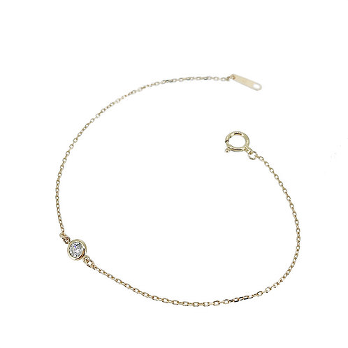 SOLITAIRE BEZEL SET BRACELET IN 18K YELLOW GOLD WITH A DIAMOND
