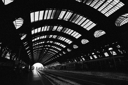 24 MILAN, ITALY - TRAIN STATION