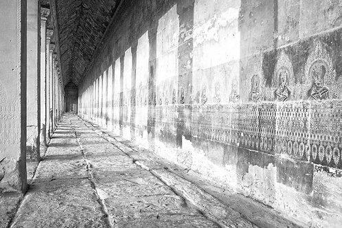 39 ANGKOR WAT, CAMBODIA - MAIN TEMPLE