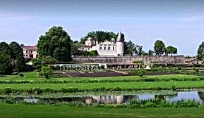 Chateau de Carolle.jpg