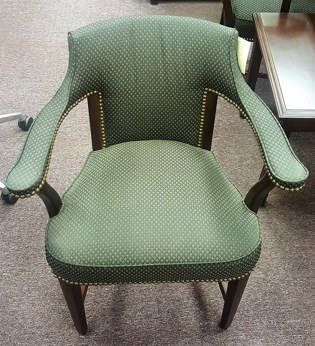 Traditional Style Side Chair | cbfrva
