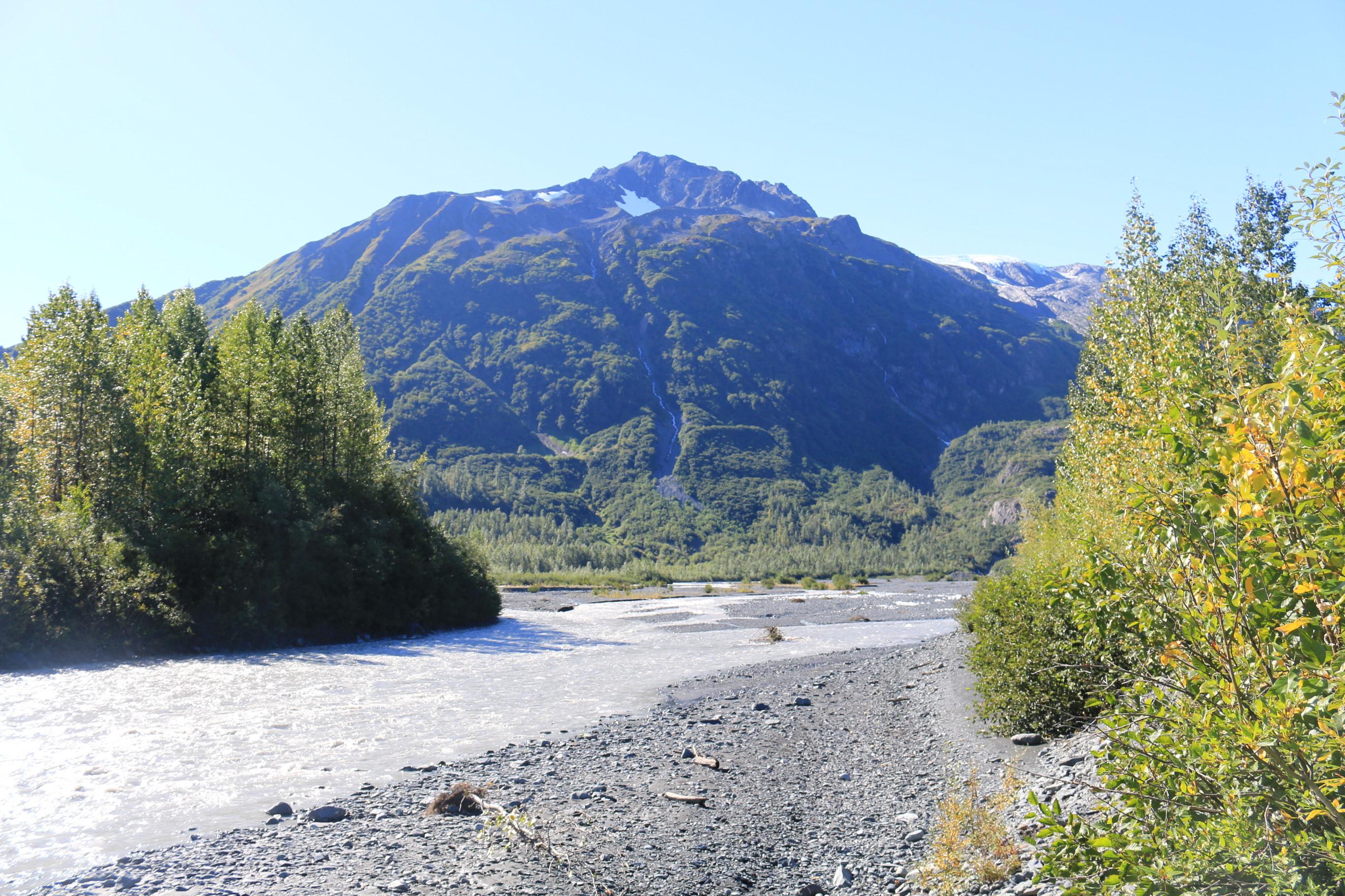 Река с ледника