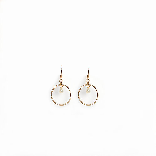 Keshi Pearl circle hoop earrings