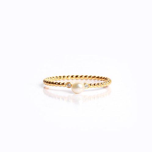 Milenial Keshi and American Diamond ring