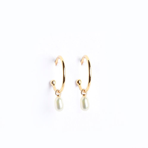 Minimal Keshi Pearls Hoop earrings