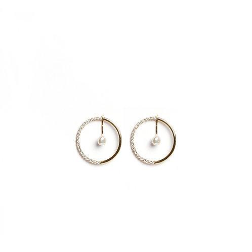 Minimal Keshi circular earrings