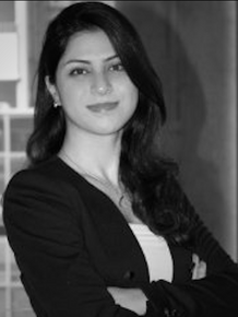 Elnaz Davoodi