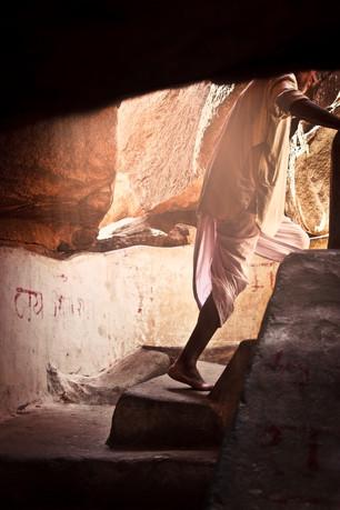 HanumanTempleHampi013012_35W.jpg