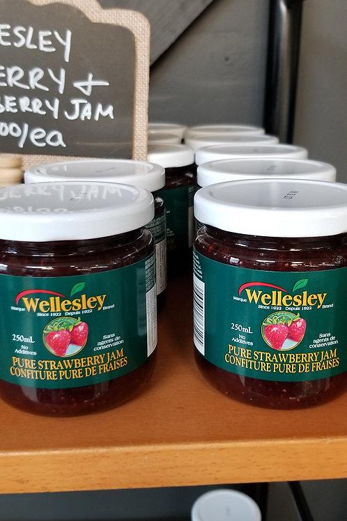 Wellesley Pure Strawberry Jam (250mL)