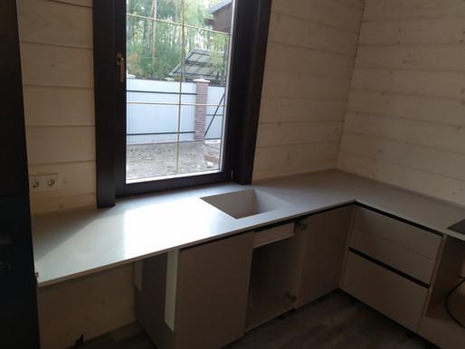 Кухонная столешница из кварца Атем