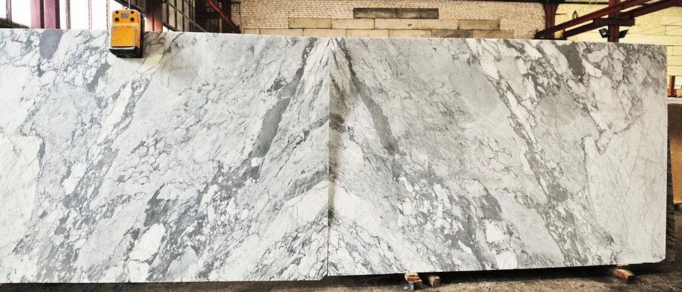 Carrara White  Мрамор цена кв.м.