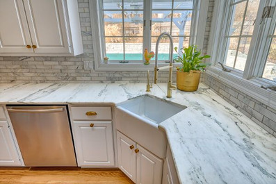 marble-kitchen-countertops-19_compressed