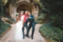 Ein Hochzeitsfoto mit Capmore Photograph