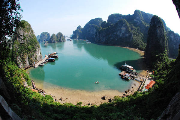 Top 5 beaches in northern Vietnam