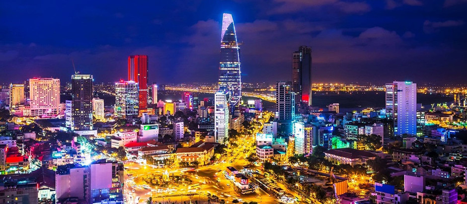 Nightlife in Saigon - A sleepless city - What to do after the dark?