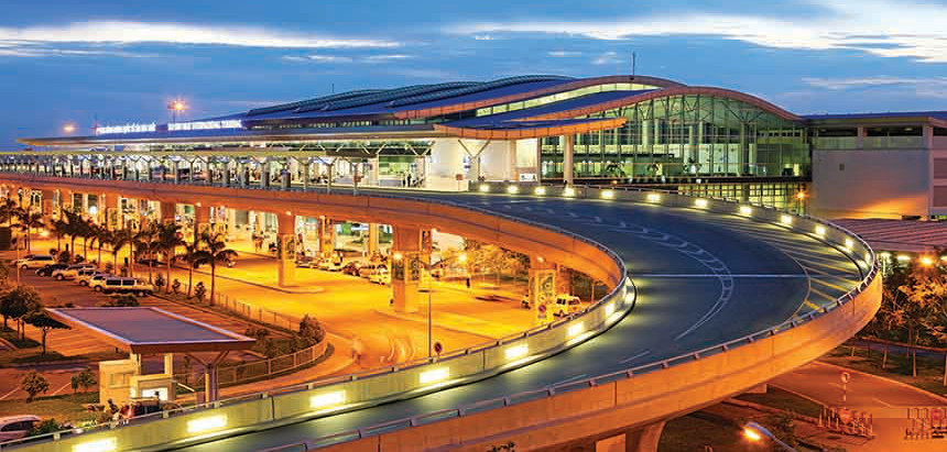 Airports in Vietnam - Main airport in Hanoi, Ho Chi Minh City and Danang
