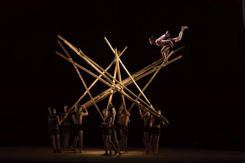 art performance in saigon