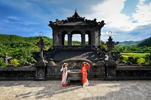 Huế - the dreamlike city
