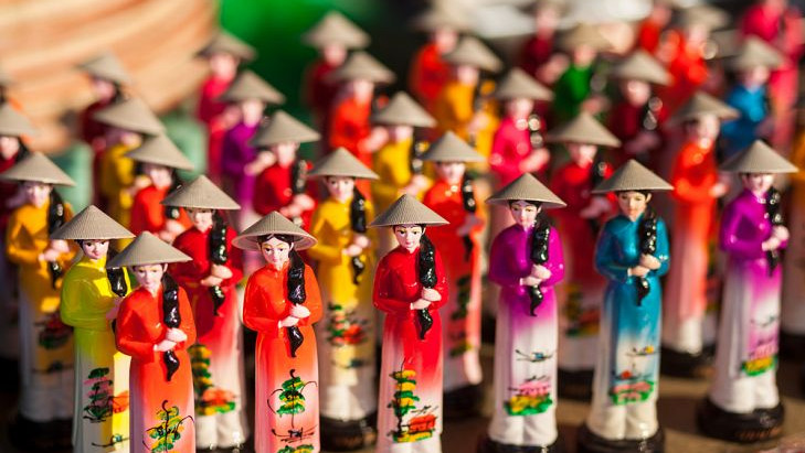 Vietnamese cultures and customs: Dos and Don'ts! Special tips for you!