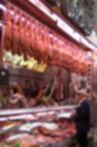 Jamones_mercado_central.jpg