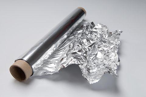500689_aluminiumfoilshutterstock_3677531