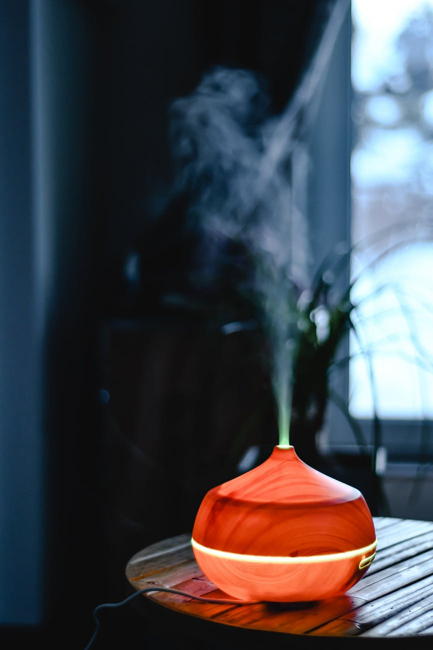 diffuser  - smoke with essential oils