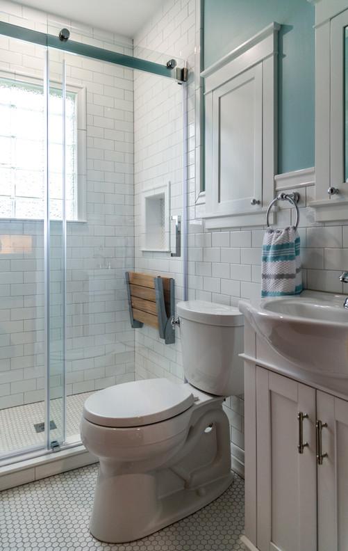 CCR Bathroom-8012.jpg